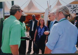 With USA Ambassador in Senegal (blue jacket), Greg and USAID Yaajeende Program Todd (with ponytail) . Presenting the Walangane well drilling machine.